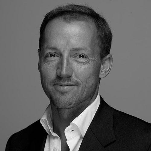 Erik W. Jakobsen
